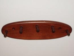 Obrázek výrobku: Dřevený věšák na klíče a utěrky 2 - buk, odstín hnědý
