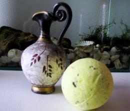 Obrázek výrobku: Bylinná šumivá olejová koupelová koule - tea-tree