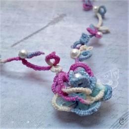 Obrázek výrobku: Barevná růže - náhrdelník