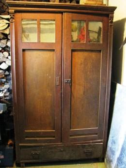 Obrázek výrobku: Stoletá dřevěná skříň