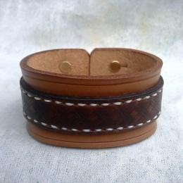 Obrázek výrobku: Ručně řezaný a šitý kožený náramek z pravé kůže5, široký 4cm