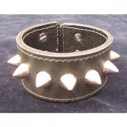 Obrázek výrobku: Kožený náramek s trny široký