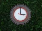 Výrobek: Keramické nástěnné hodiny8 -- průměr cca 22 cm