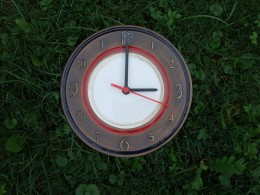 Obrázek výrobku: Keramické nástěnné hodiny8 -- průměr cca 22 cm