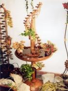 """Výrobek: Pokojová fontána - """"ZÁVITKOVÝ NAVIJÁK S DELŠÍ STOPKOU A PODSTAVCEM"""""""