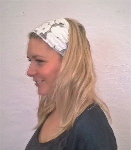 Obrázek výrobku: Látková čelenka - bílá krajková - univerzální