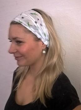 Obrázek výrobku: Látková čelenka - bílá se zelenými papoušky - univerzální