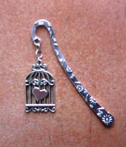Obrázek výrobku: Knižní záložka - srdíčko v kleci