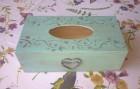 Výrobek: Vintage krabička na ubrousky - mentolově zelená