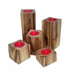 Výrobek: Ořechové svícny - sada 5 kusů