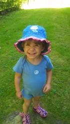 Výrobek: Riflový klobouček s květinkou