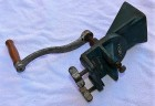 Výrobek: Velmi starý mlýnek na hrášek