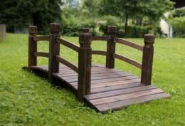Obrázek výrobku: Dřevěný zahradní můstek GARTH