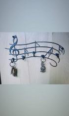 Výrobek: Kovaný věšák na klíče - noty