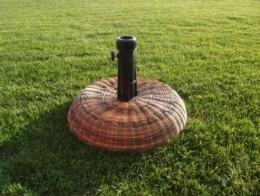 Obrázek výrobku: Ratanový stojan na slunečník