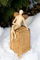Výrobek: Anděl na keramickém kvádru, 28 cm