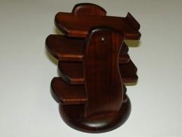Obrázek výrobku: Stojánek na dálkové ovládače - čtyřpatrový - třešeň4