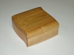 Obrázek výrobku: Šperkovnice - tvarovaná - třešeň - barva přírodní