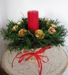 Výrobek: Vánoční svícen s červenou vonnou svící