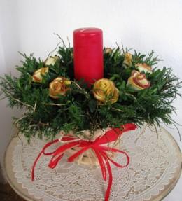 Obrázek výrobku: Vánoční svícen s červenou vonnou svící