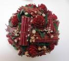 Výrobek: Vánoční koule z přírodnin - barva vínově červená