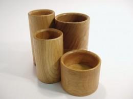 Obrázek výrobku: Stojánek na kancelářské potřeby - čtyřválec - dub