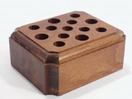 Obrázek výrobku: Stojánek na psací potřeby5 - buk, mořený, povrch lakovaný