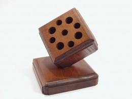 Obrázek výrobku: Stojánek na psací potřeby s podstavou - buk, mořený, povrch lakovaný