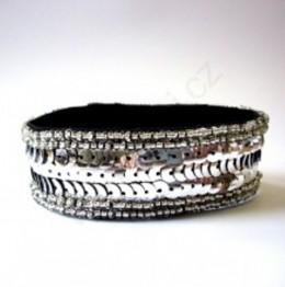 Obrázek výrobku: Náramek z flitrů - stříbrný