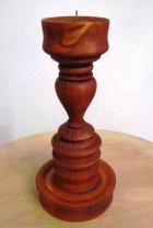 Výrobek: Dřevěný svícen soustružený - barva rezavě hnědá - mahagon