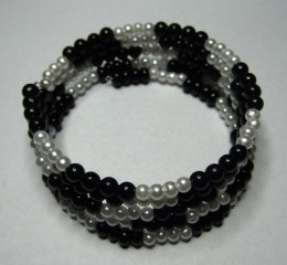 Obrázek výrobku: Černo - bíllý náramek