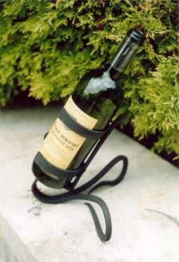 Obrázek výrobku: Originální ručně kovaný stojan na víno 2