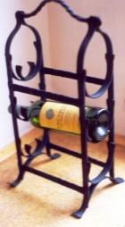 Výrobek: Originální ručně kovaný stojan na víno 8