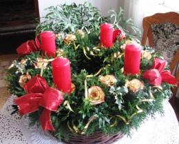 Obrázek výrobku: Adventní věnec s růžičkami